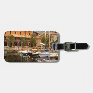 Puerto deportivo en Menaggio, lago Como Etiquetas Para Equipaje