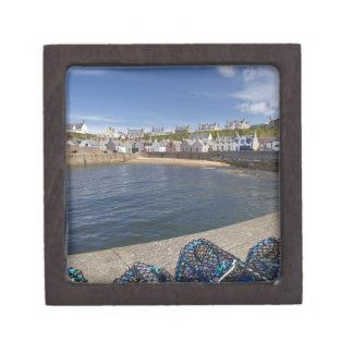 Puerto, Findochty, Moray, Escocia, unida Cajas De Regalo De Calidad