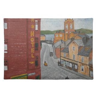 Puerto viejo Glasgow con el reloj de la ciudad Mantel Individual