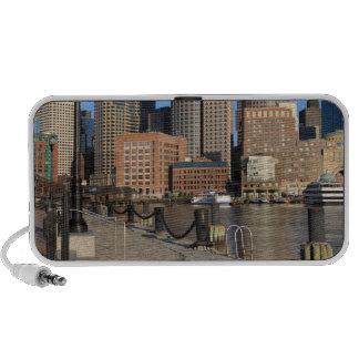 Puerto y horizonte de Boston.  Boston es una de iPod Altavoz