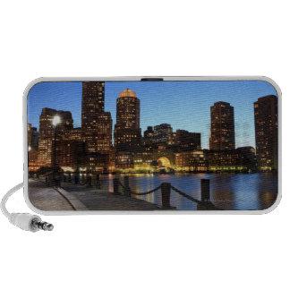 Puerto y horizonte de Boston.  Boston es uno de lo Altavoz