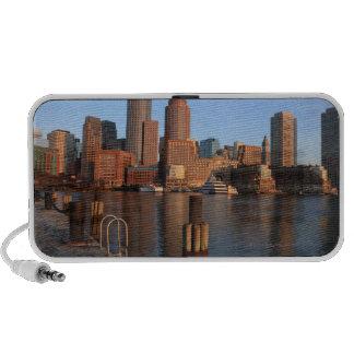 Puerto y horizonte de Boston.  Boston es uno de lo iPhone Altavoz