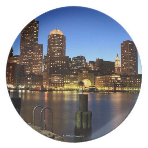 Puerto y horizonte de Boston.  Boston es uno de lo Plato
