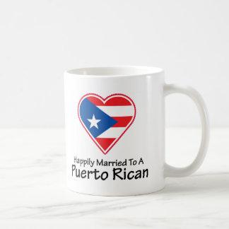 Puertorriqueño feliz casado taza