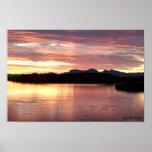 Puesta del sol 1 del lago patagonia poster
