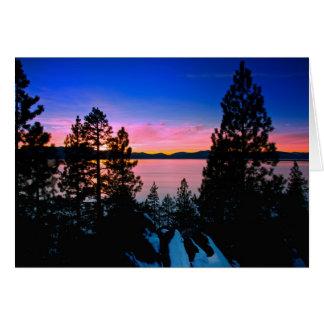 - Puesta del sol 2011 de Tahoe del lago Felicitaciones