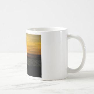 puesta del sol 2 tazas de café