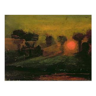 Puesta del sol a través de los árboles, c.1855 tarjeta postal