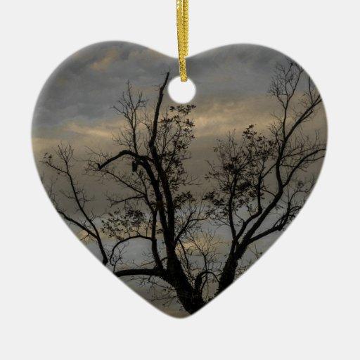 Puesta del sol adorno navideño de cerámica en forma de corazón