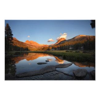 Puesta del sol Alpenglow del prado de McClure - Fotografia