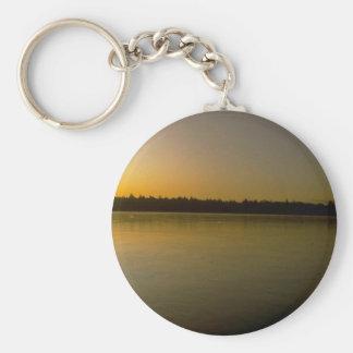 Puesta del sol amarilla pacífica llaveros personalizados