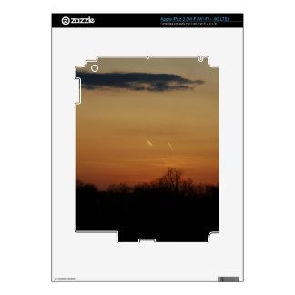 Puesta del sol anaranjada de la carretera iPad 3 pegatinas skins