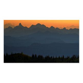 Puesta del sol anaranjada y azul con la ola tarjetas de visita
