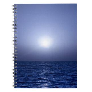 Puesta del sol azul libro de apuntes