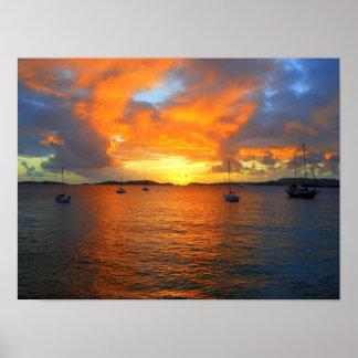 Puesta del sol, bahía de Frank, St. John, Islas Ví Póster