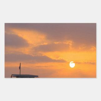 Puesta del sol Baywatch Pegatina Rectangular