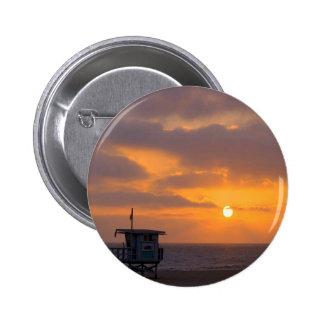 Puesta del sol Baywatch Pin
