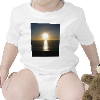Puesta del sol Bigbury en el mar Trajes De Bebé