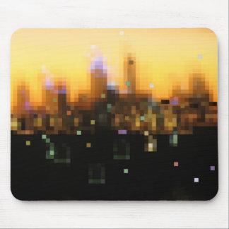 puesta del sol brillante de la ciudad de las luces mousepads