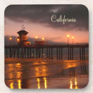 Puesta del sol californiana - embarcadero de Hunti Posavasos De Bebida