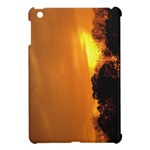 Puesta del sol cerca de NAS Oceana, VA. iPad Mini Coberturas