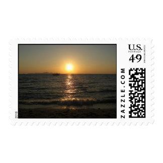Puesta del sol… Chonburi, Tailandia de la playa de Sello