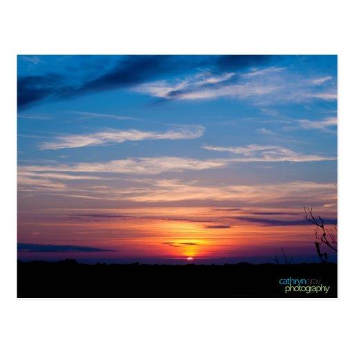 Puesta del sol colorida en Kiawah Island Postales