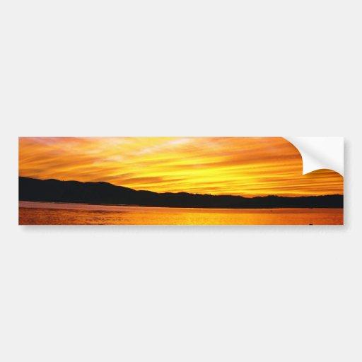 Puesta del sol colorida Knysna Suráfrica Etiqueta De Parachoque