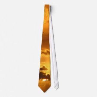 Puesta del sol corbata