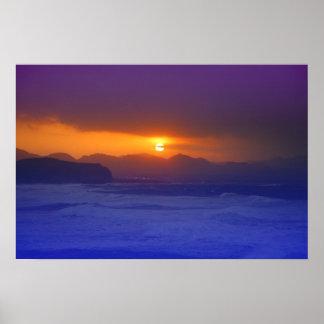 Puesta del sol costera poster