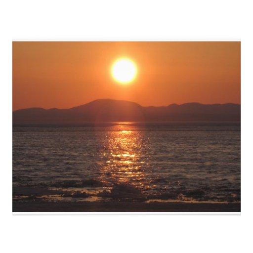 """puesta del sol de Alaska del kotzebue Folleto 8.5"""" X 11"""""""