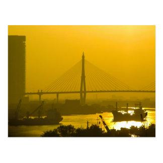 Puesta del sol de Bangkok del puente de Rama VIII Tarjetas Postales