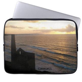 Puesta del sol de Cornualles Inglaterra de la mina Mangas Portátiles