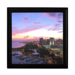 Puesta del sol de Hawaii del paisaje urbano de Hon Joyero Cuadrado Grande