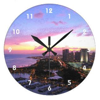Puesta del sol de Hawaii del paisaje urbano de Hon Reloj De Pared