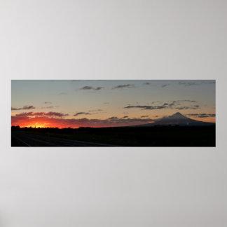 Puesta del sol de la carretera del Mt. Taranaki Impresiones