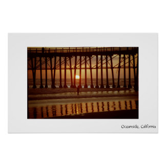 Puesta del sol de la costa póster