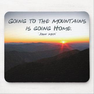 Puesta del sol de la montaña cita asteroide/de mouse pad