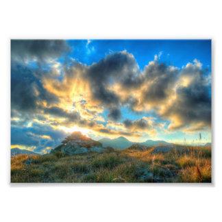 Puesta del sol de la montaña impresión fotográfica