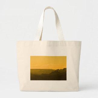 Puesta del sol de la opinión del desierto bolsa