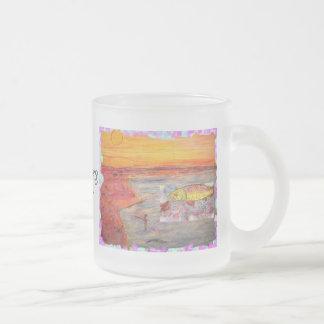 puesta del sol de la pesca con mosca taza de café esmerilada