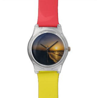 Puesta del sol de la playa de Dubai Relojes De Mano