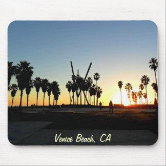 Puesta del sol de la playa de Venecia Alfombrillas De Ratón
