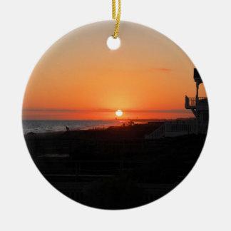 Puesta del sol de la playa en la playa NC de Holde Ornamento Para Reyes Magos