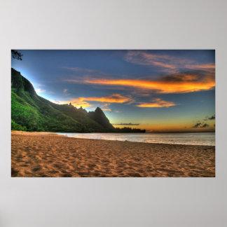 Puesta del sol de la playa poster