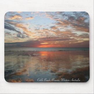 Puesta del sol de la reflexión, playa del cable, B Mouse Pad