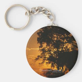 Puesta del sol de la sabana llavero redondo tipo pin