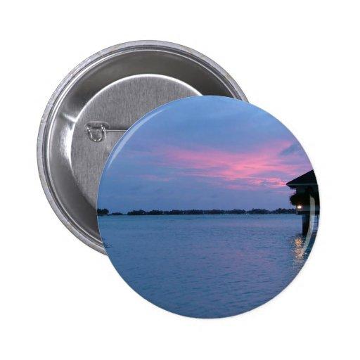 puesta del sol de la tierra baja pin redondo 5 cm