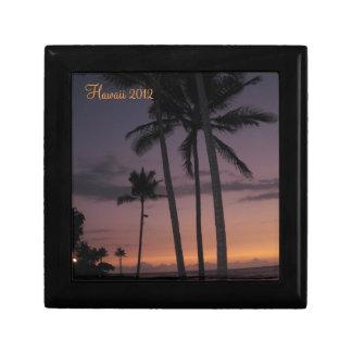 Puesta del sol de las palmeras de Hawaii Caja De Recuerdo