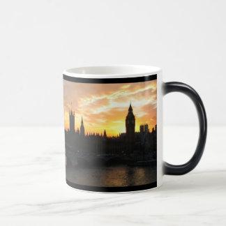 Puesta del sol de Londres Tazas De Café